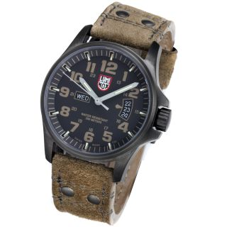Luminox 1833 Atacama Field Day Date Mens Watch