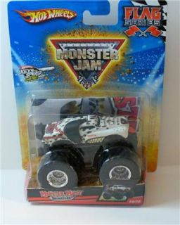 Hot Wheels Monster Jam Flag Series Monster Mutt 10 75