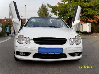 Mercedes CLK Cabrio W209 weiss Tuning Felgen AMG Packet